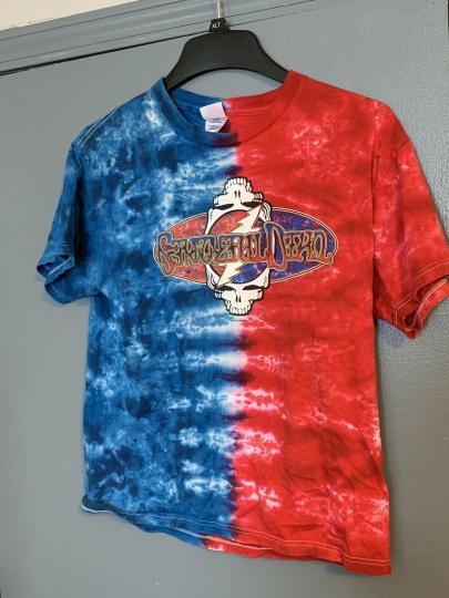 2003 GRATEFUL DEAD Red & Blue Tie Dye LOGO T Shirt Size M