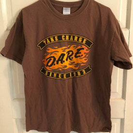 DARE Since 1983 D.A.R.E. T-Shirt Take Charge 100% Cotton Size M – (I1818E)