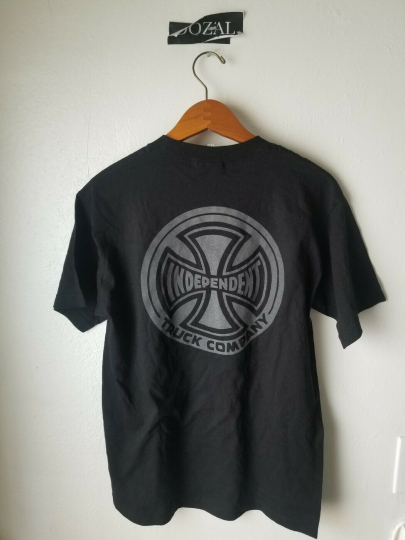 Independent Truck Company 3M reflective sz Medium M preowned EUC #### Off tee M