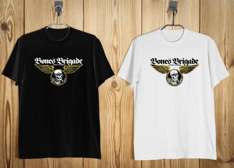 New bones brigade summer tour 87  Men's T-Shirt Black White b