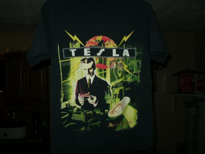 TESLA  Psychotic Supper 1992 Tour Vtg Shirt  Concert Band Size L
