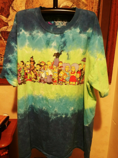 THE SIMPSONS-2016 Licensed THE CAST-BART-HOMER,MARGE,TIE DYE T-SHIRT SZ. LARGE