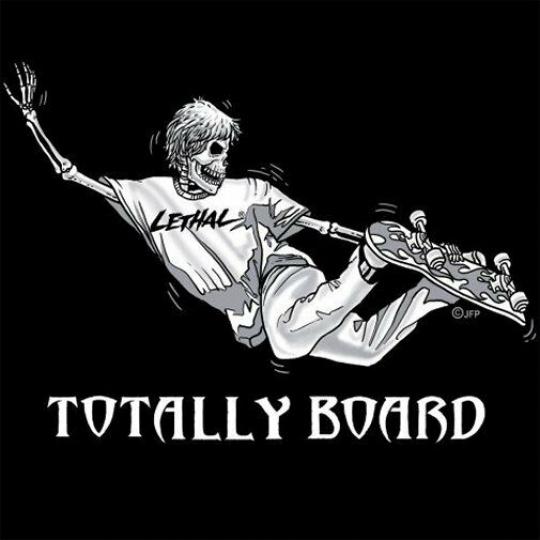 TOTALLY BOARD SKATEBOARD SKULL SKELETON T-SHIRT SK96