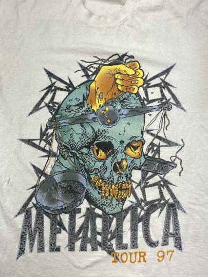 Vintage VTG METALLICA T Shirt 90's CONCERT 1997 Load TOUR Pushead Skull (02)