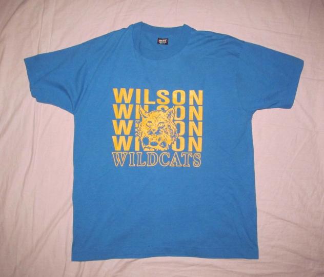Wilson Wildcats Men's size XL Vintage 1980s blue short sleeve T shirt 23.5 x 29